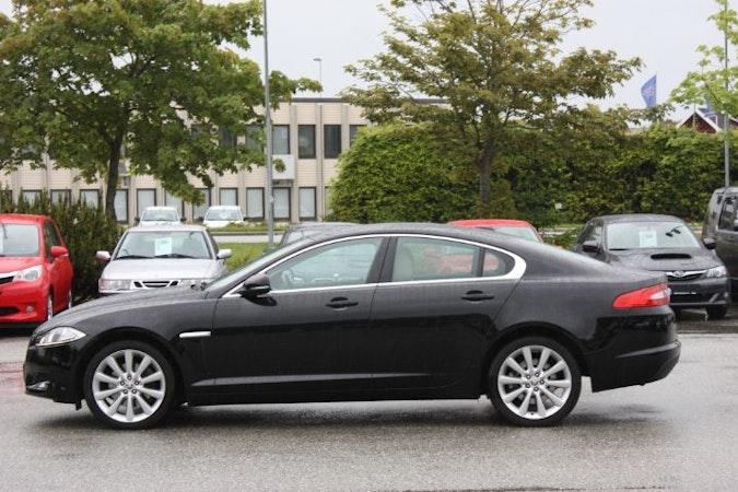 Billig leie av Jaguar XF i nærheten av  Stavanger.