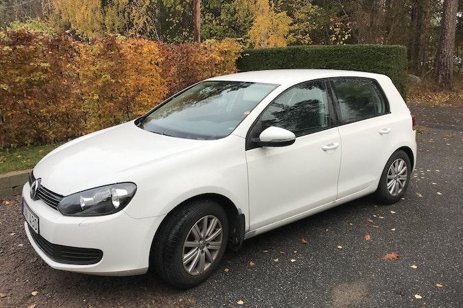 Billig biluthyrning av Volkswagen Golf med Dragkrok i närheten av 618 34 Norrköping Ö.