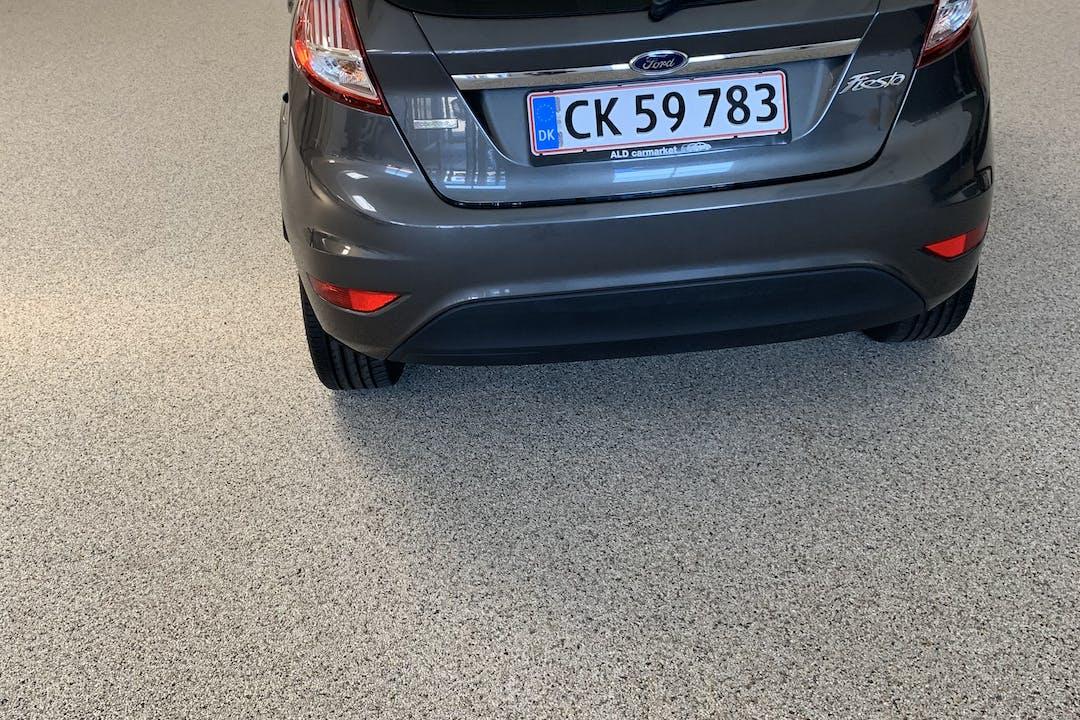 Billig billeje af Ford Fiesta med Bluetooth nær 2830 Virum.