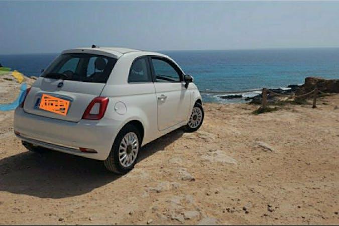 Alquiler barato de Fiat 500 1.2 Glp Lounge cerca de 07800 Eivissa.