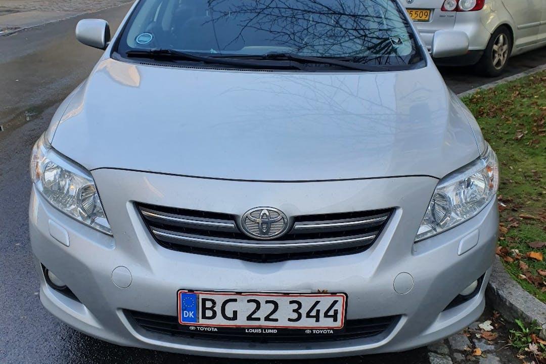 Billig billeje af Toyota Corolla nær 2400 København.