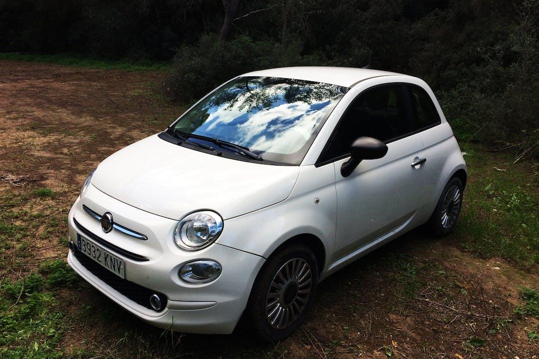 Alquiler barato de Fiat 500 1.2 Lounge cerca de 07015 Palma.