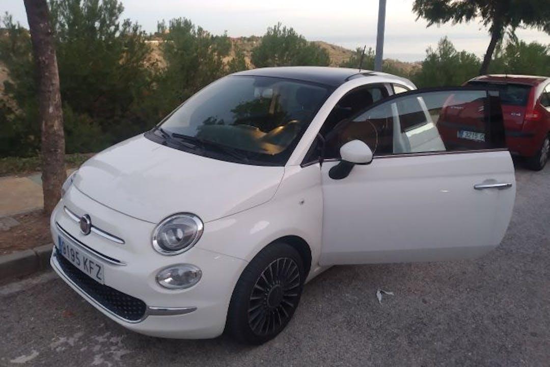 Alquiler barato de Fiat 500 1.2 Glp Lounge cerca de 29002 Málaga.