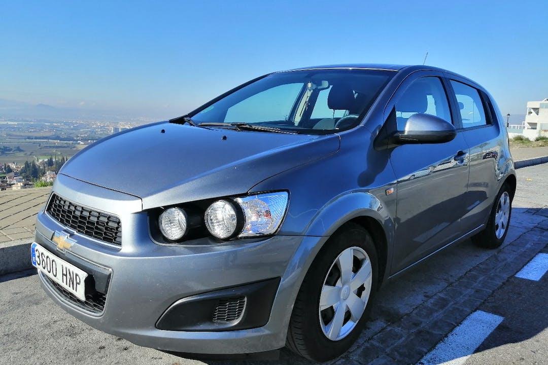 Alquiler barato de Chevrolet-Gm Aveo 1.2 Ls cerca de 18008 Granada.