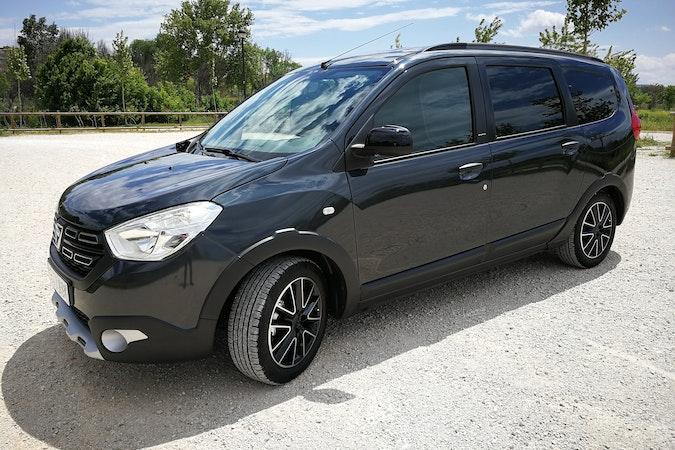 Alquiler barato de Dacia Lodgy 1.5 Dci 110 Laureate 7pz cerca de 28806 Alcalá de Henares.