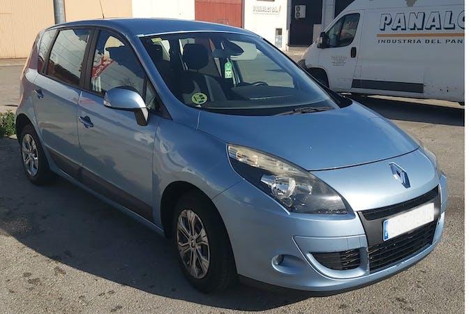 Alquiler barato de Renault Scenic cerca de 46007 Valencia.