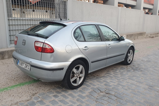 Alquiler barato de Seat Leon Sport Limited 1.6 cerca de 28045 Madrid.
