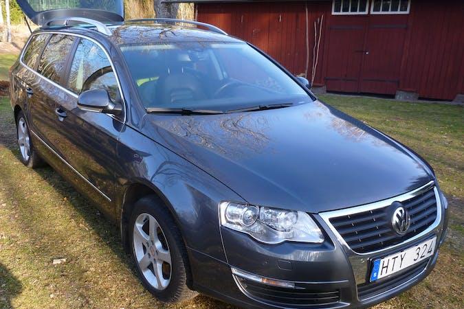 Billig biluthyrning av Volkswagen Passat i närheten av 554 47 Bymarken.