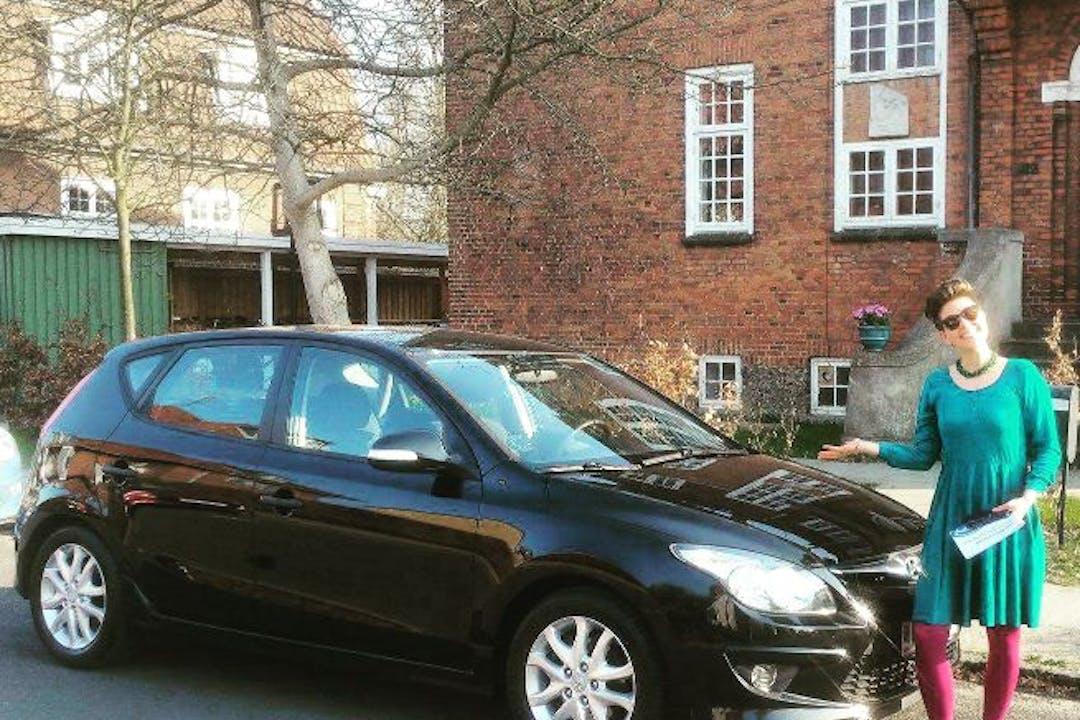 Billig billeje af Hyundai i30 nær 2300 København.