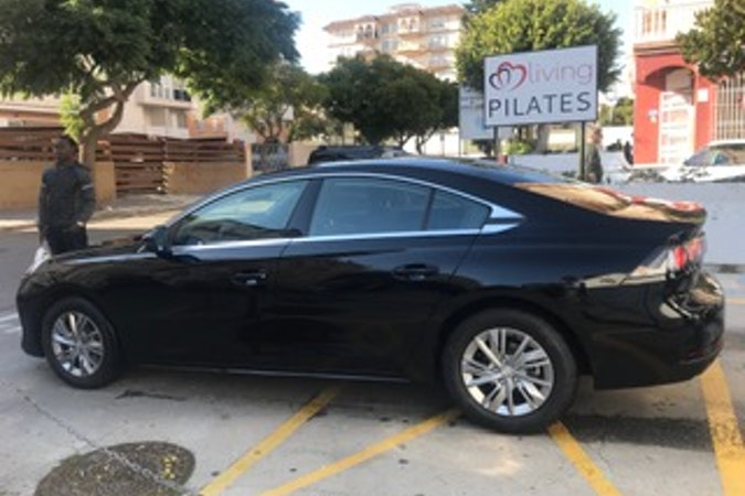 Alquiler barato de Peugeot 508 Business Line 1.6 Hdi cerca de 29002 Málaga.