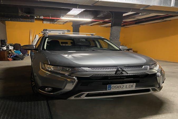 Alquiler barato de Mitsubishi Outlander 200 Mpi Motion 2wd Cvt 5p cerca de 08003 Barcelona.