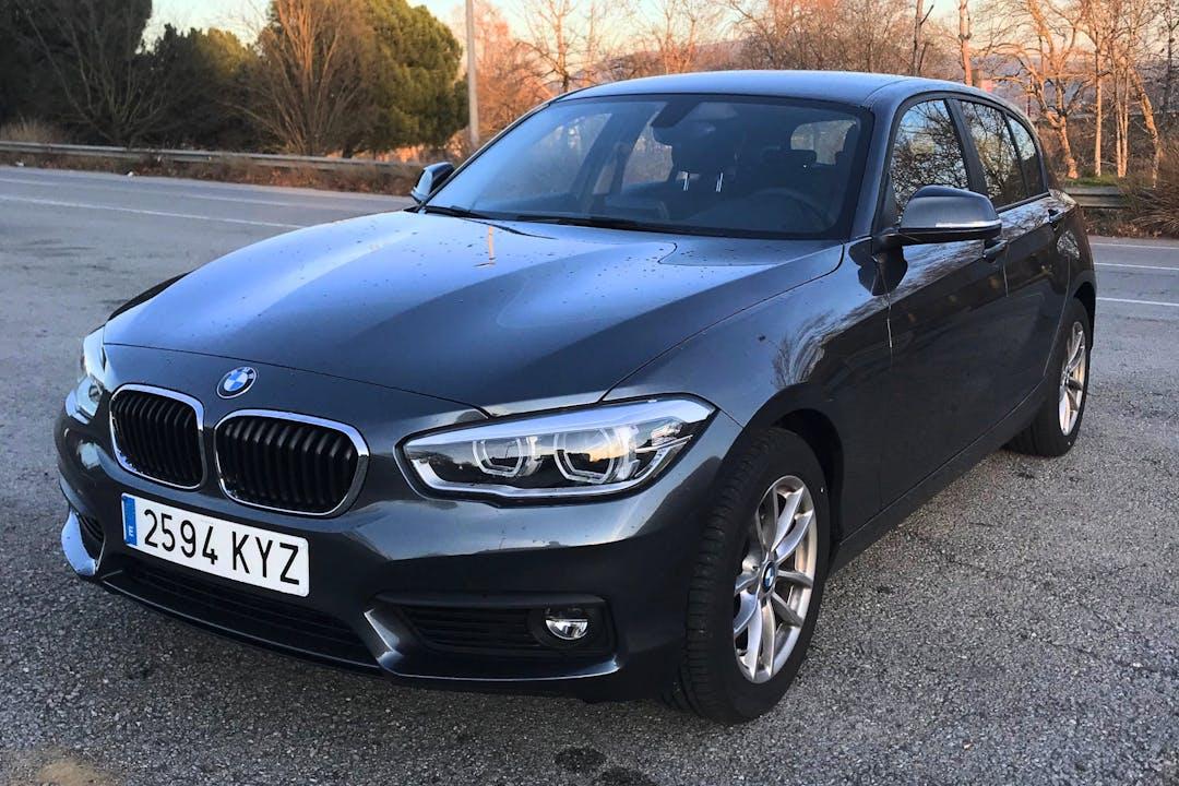 Alquiler barato de BMW Serie 1 cerca de 08027 Barcelona.
