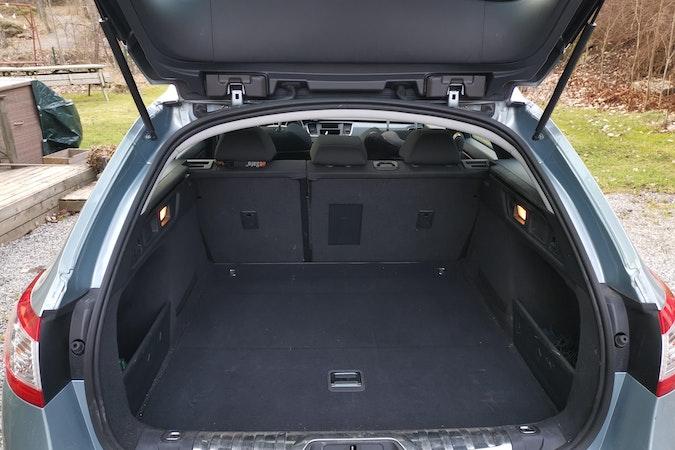 Billig biluthyrning av Peugeot 508 . i närheten av 117 33 Södermalm.