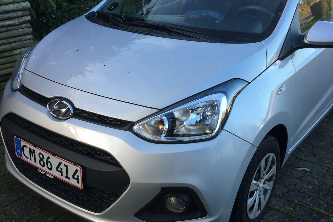 Billig billeje af Hyundai i10 med Isofix beslag nær 7100 Vejle.