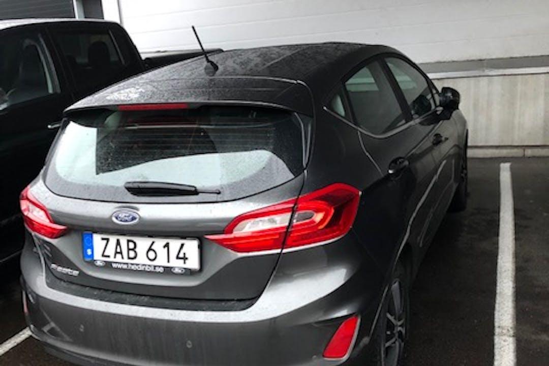 Billig biluthyrning av Ford Fiesta med Isofix i närheten av 417 04 Göteborg.