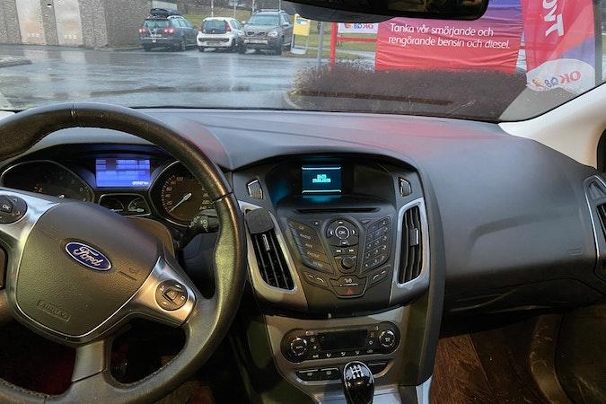 Billig biluthyrning av Ford Focus i närheten av 115 40 Östermalm.