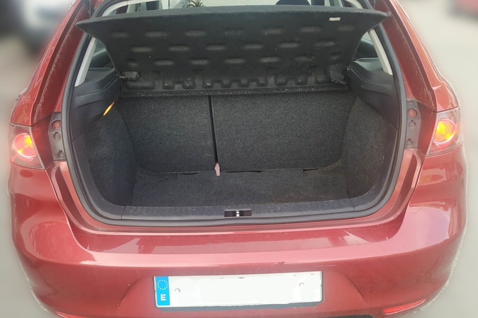 Alquiler barato de Seat Ibiza Cool 1.4 Tdi 70 cerca de 28005 Madrid.