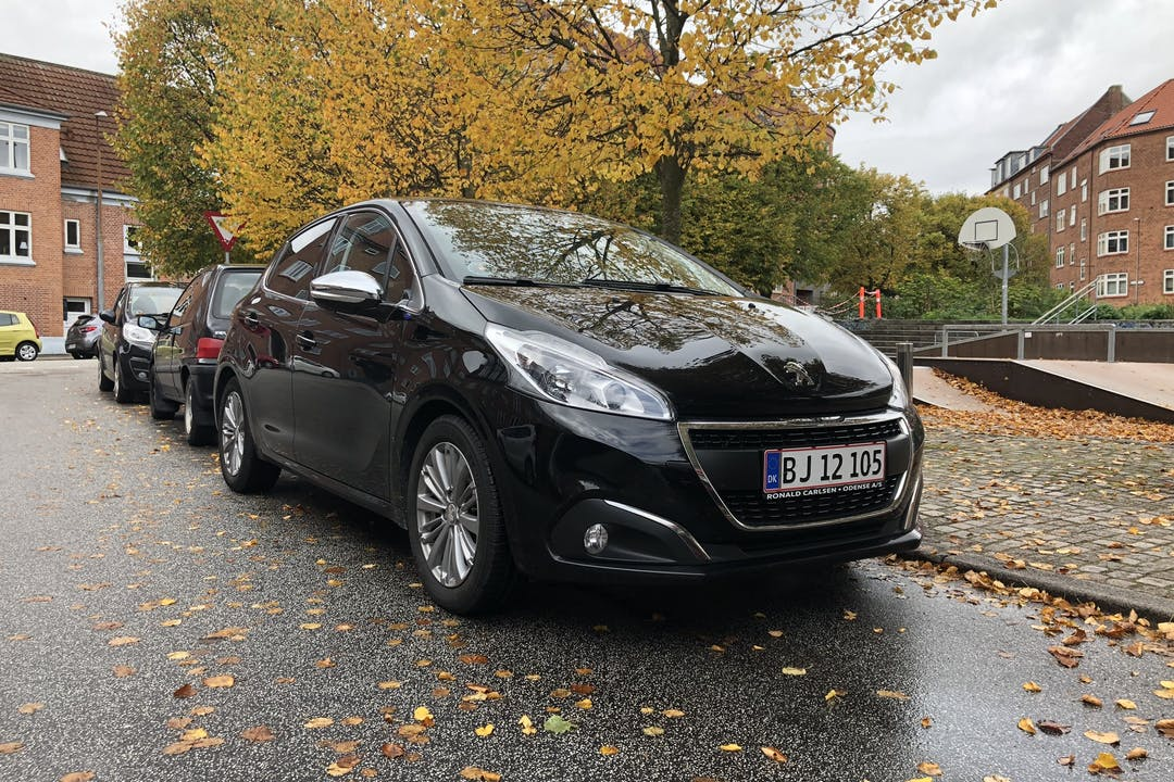 Billig billeje af Peugeot 208 nær 8200 Aarhus.