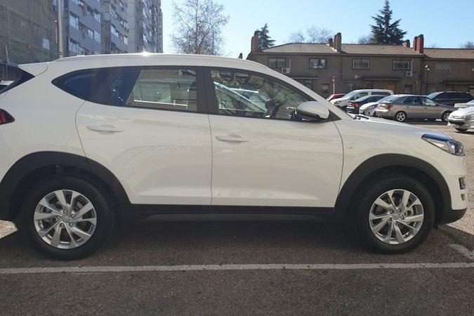 Alquiler barato de Hyundai Tucson 1.6 Gdi Bd Essence 4x2 cerca de 28026 Madrid.