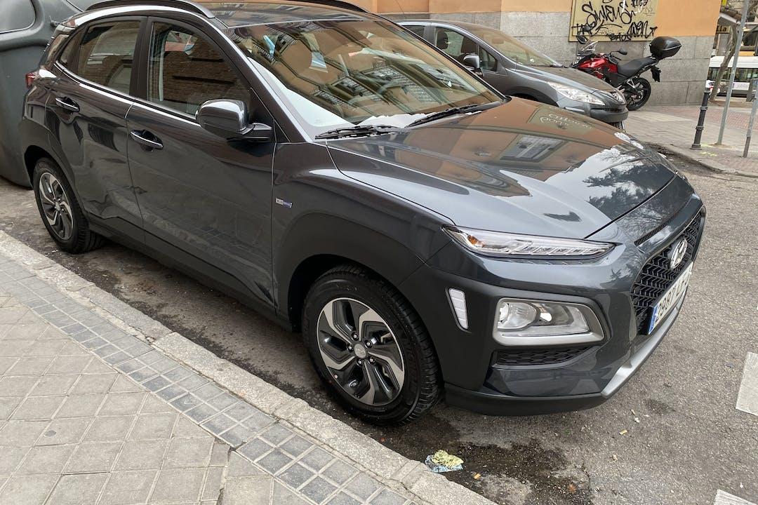 Alquiler barato de Hyundai Kona 1.6 Tgdi Tecno Lim Dt 4x2 cerca de 28240 Hoyo de Manzanares.