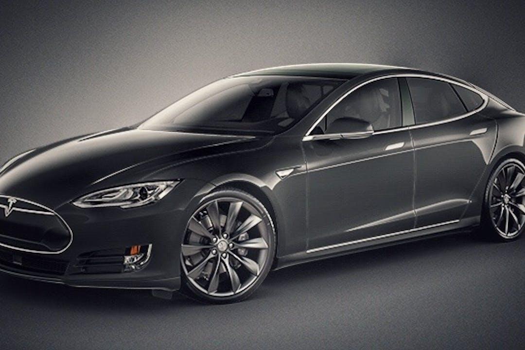 Billig billeje af Tesla model S 70 nær  .