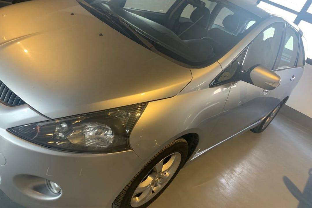 Alquiler barato de Mitsubishi Grandis 2.0 Did Inform cerca de 03008 Alacant.