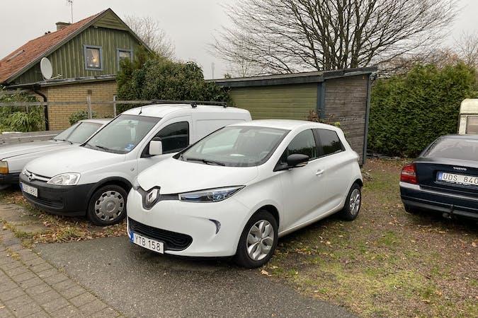 Billig biluthyrning av Renault Zoe med Aircondition i närheten av 260 50 .