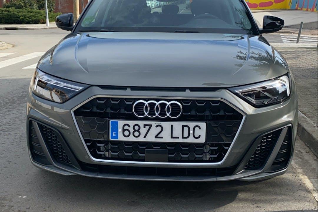 Alquiler barato de Audi A1 Sportback 1.8 Tfsi S-Tr Adrenalin2 cerca de 08320 El Masnou.
