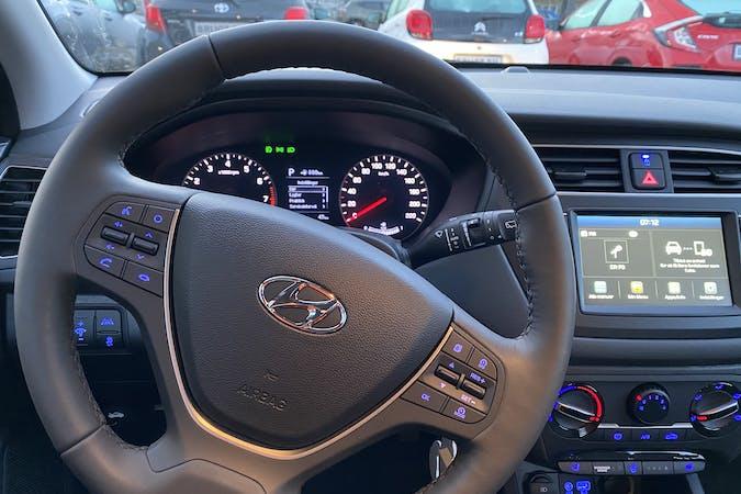 Billig billeje af Hyundai i20 nær 2450 København.