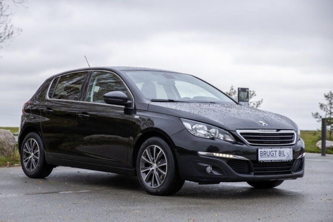 Billig billeje af Peugeot 308 med Isofix beslag nær 2100 København.