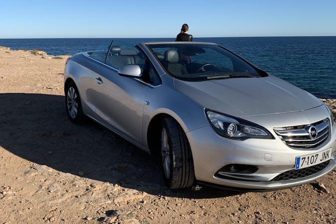 Alquiler barato de Opel Cabrio 1.4 T Excellence S/S cerca de 28011 Madrid.