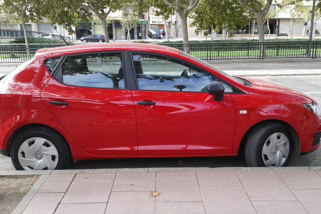 Alquiler barato de Seat Ibiza Reference 1.2 12V cerca de 43850 Cambrils.