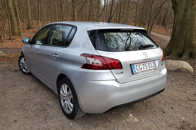 Billig billeje af Peugeot 308 1.6 Bluehdi 120 Hk 5d nær 2700 København.