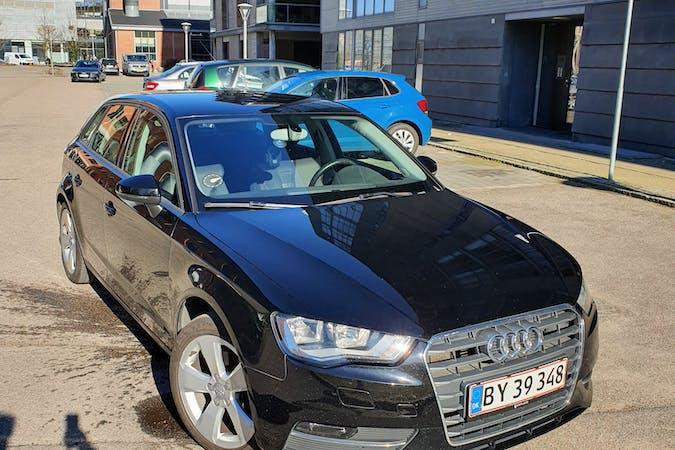 Billig billeje af Audi A3, Sportsback nær 2300 København.