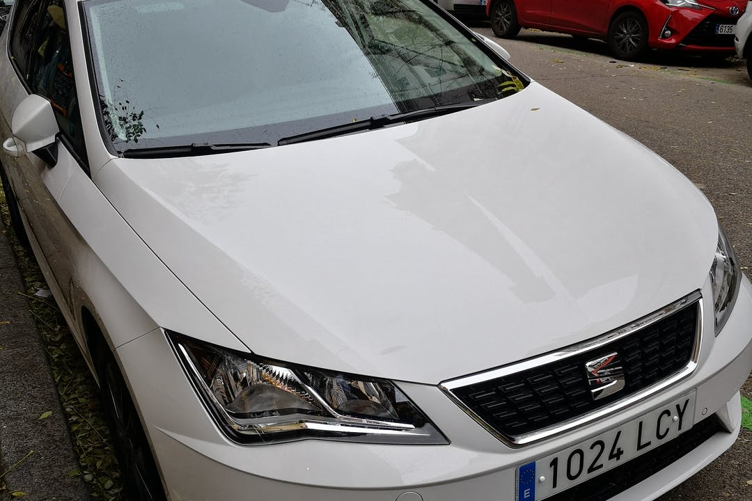 Alquiler barato de Seat Leon Fr 1.5tgi Gnc S/S cerca de 28027 Madrid.