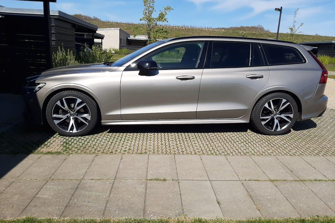 Billig billeje af Volvo V60 nær 7120 Vejle.