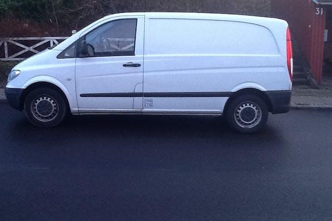 Billig billeje af Mercedes vito kassevogn med Anhængertræk nær 8680 Ry.