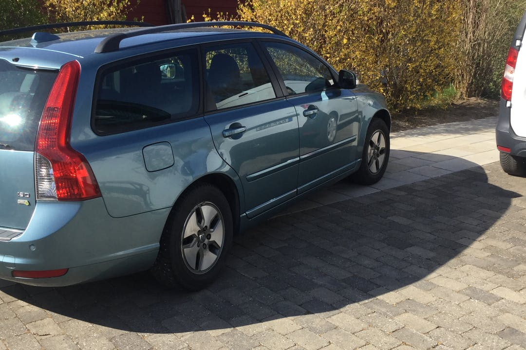 Billig biluthyrning av Volvo V50 i närheten av 266 55 Ängelholm V.
