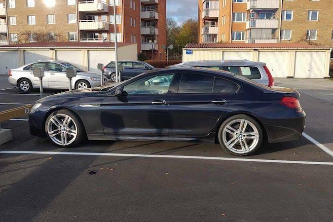 Billig biluthyrning av BMW 6 Series i närheten av 190 60 Sigtuna N.