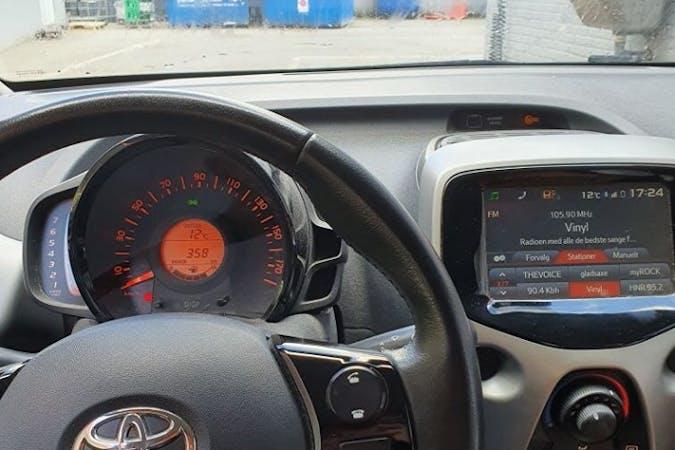 Billig billeje af Toyota AYGO nær 2300 København.