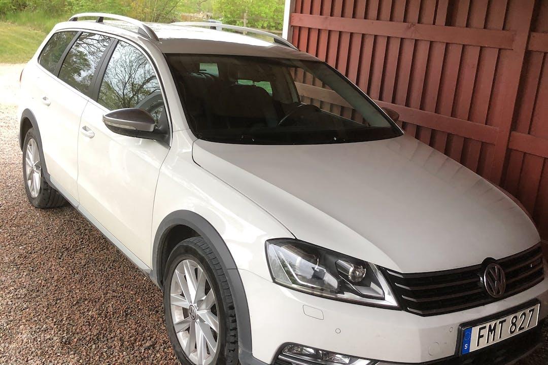 Billig biluthyrning av Volkswagen Passat i närheten av 269 92 Båstad V.