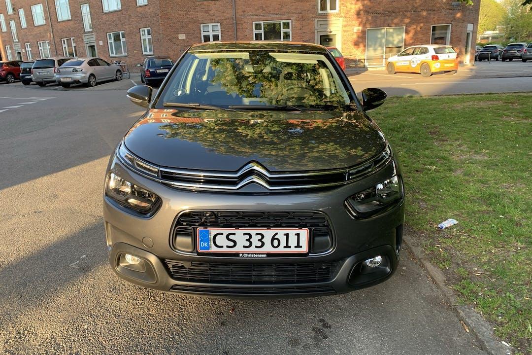 Billig billeje af Citroën C4 Cactus nær 2500 København.