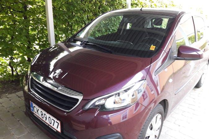 Billig billeje af Peugeot 108 nær 8330 Beder.