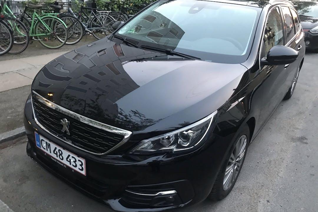 Billig billeje af Peugeot 308 Stationswagon 2019 nær 2400 København.
