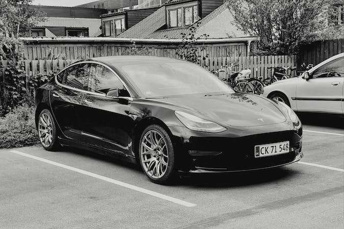 Billig billeje af Tesla Model 3 Long Range  nær 2860 Søborg.