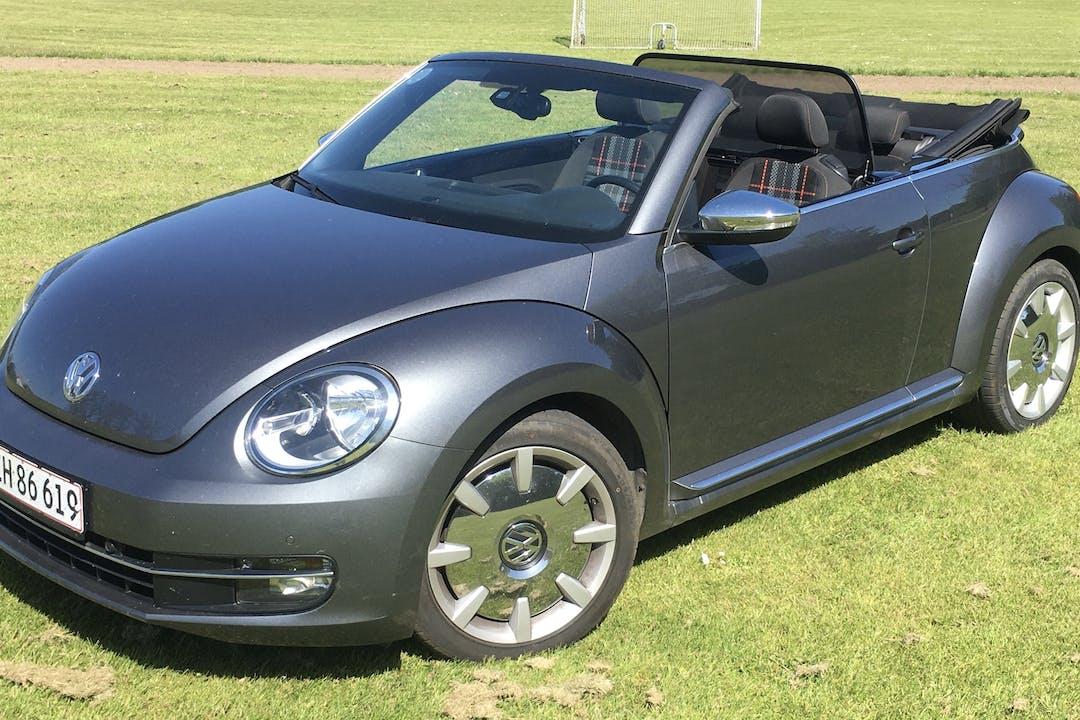 Billig billeje af VW Beetle Cabriolet nær 7300 Jelling.