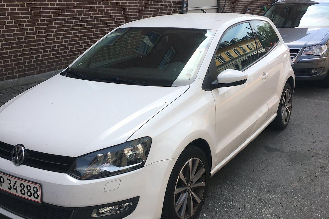 Billig billeje af Volkswagen Polo nær 2200 København.