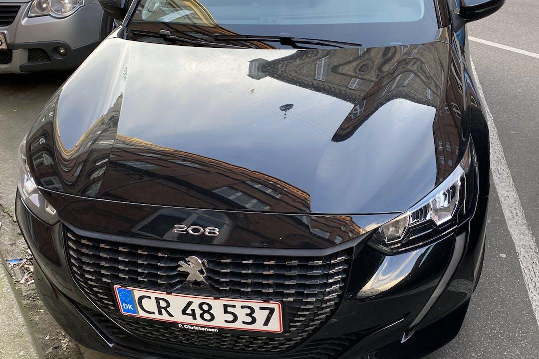 Billig billeje af Peugeot 208 med Isofix beslag nær 2100 København.