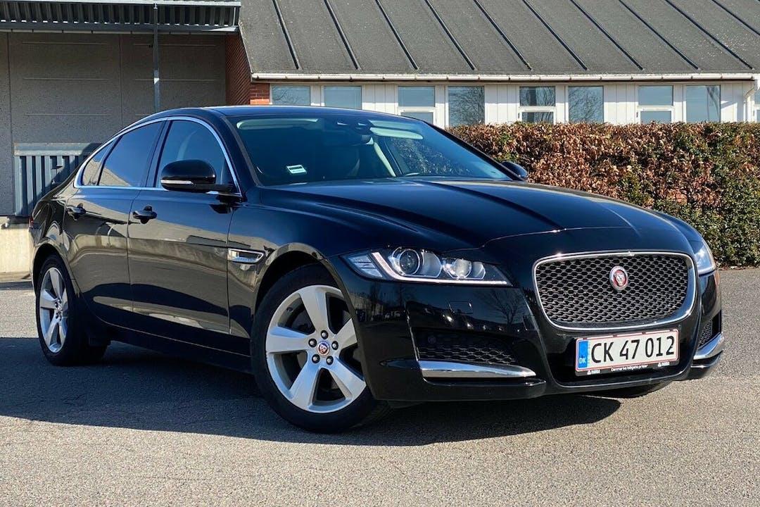 Billig billeje af Jaguar XF nær 2650 Hvidovre.