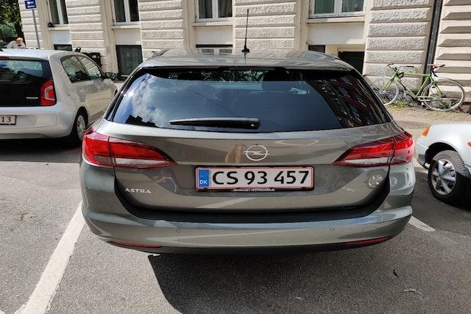 Billig billeje af Opel Astra nær 2100 København.